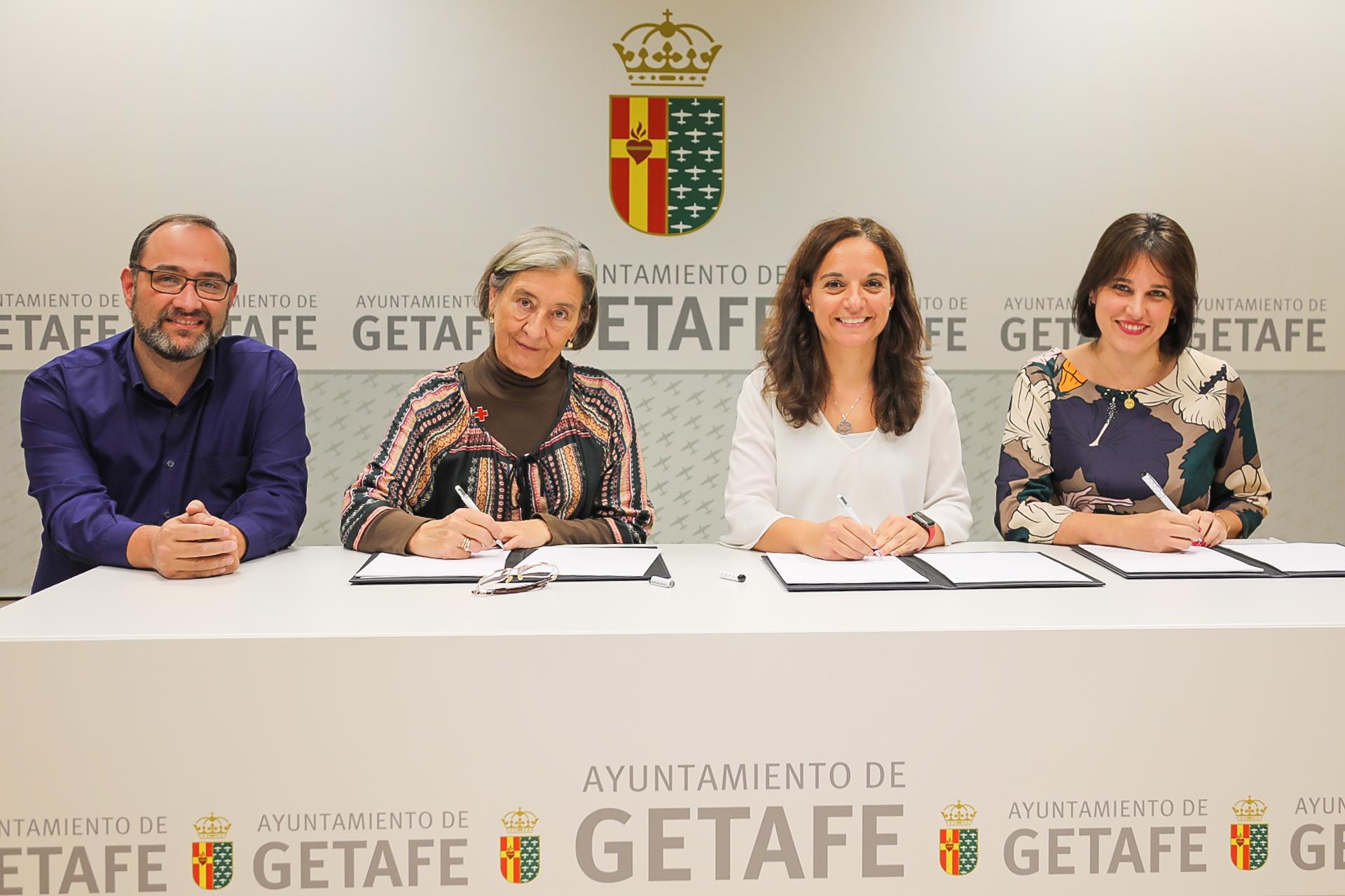 Se renueva el convenio entre Cruz Roja y el Ayuntamiento de Getafe con el fin de desarrollar proyectos y actividades sociales.